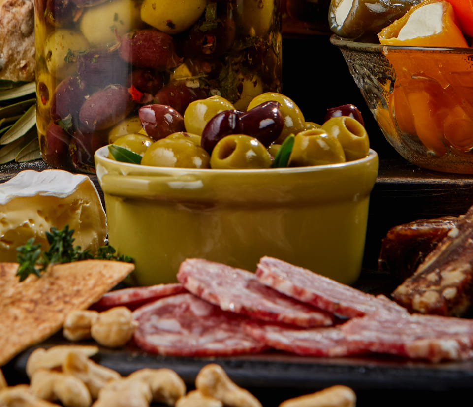 At Pronto e Fresco, our mission is to produce authentic, high-quality antipasto products that customers will love.